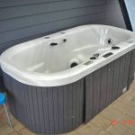 Spa-pool-movers-Auckland.jpg