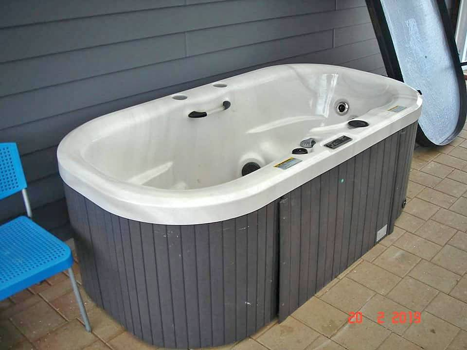 spa pool movers auckland